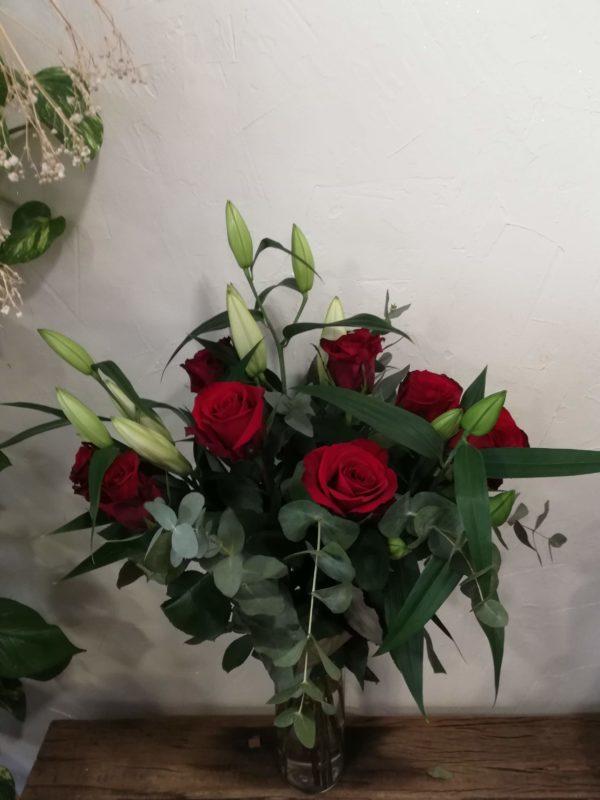 livraison-bouquet-roses-rouges-lys-le-mans-sarthe.