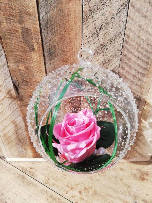 rose-eternelle-boule-en-verre-livraison-france-scaled